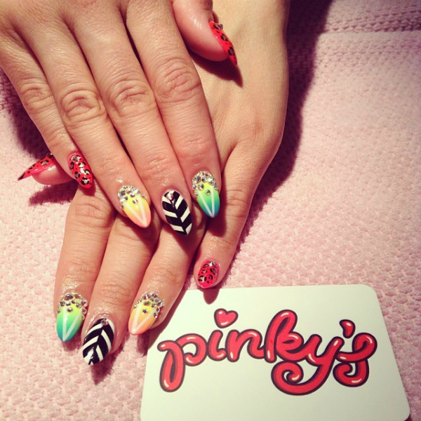 Halloween Nail Art Designs Without Nail Salon Prices: Top Toronto Nail Salons