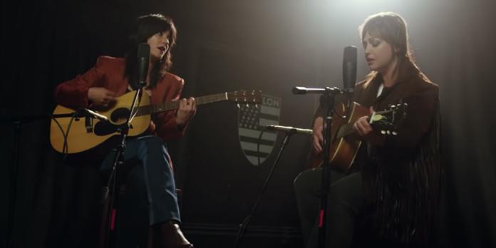 Sharon Van Etten, Angel Olsen perform acoustic version of Like I Used To