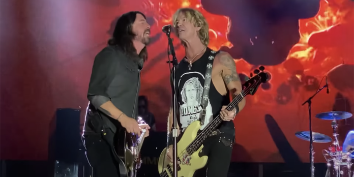 Dave Grohl and Guns N' Roses