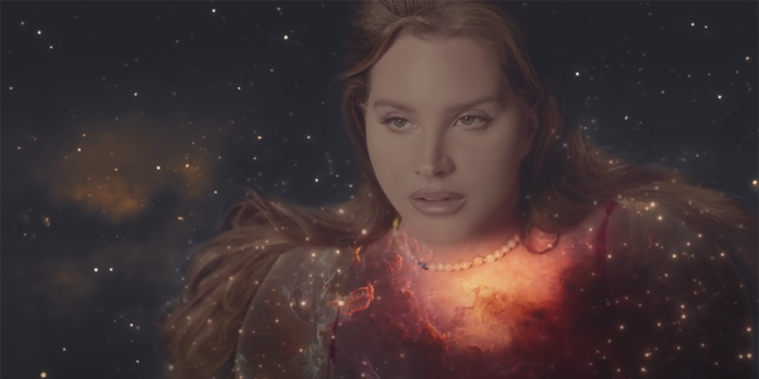 Lana Del Rey in Arcadia